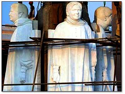 mayawati-statues